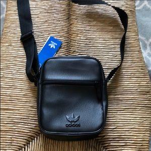 Adidas bag carryall fanny pack strap purse